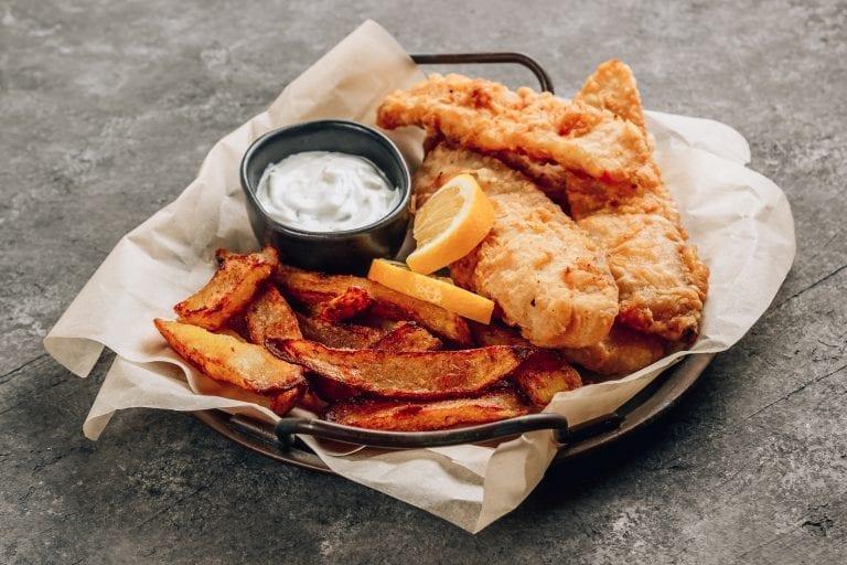 basket with crispy fish & chips